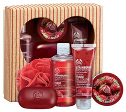 Strawberry Love To Pamper Gift Set