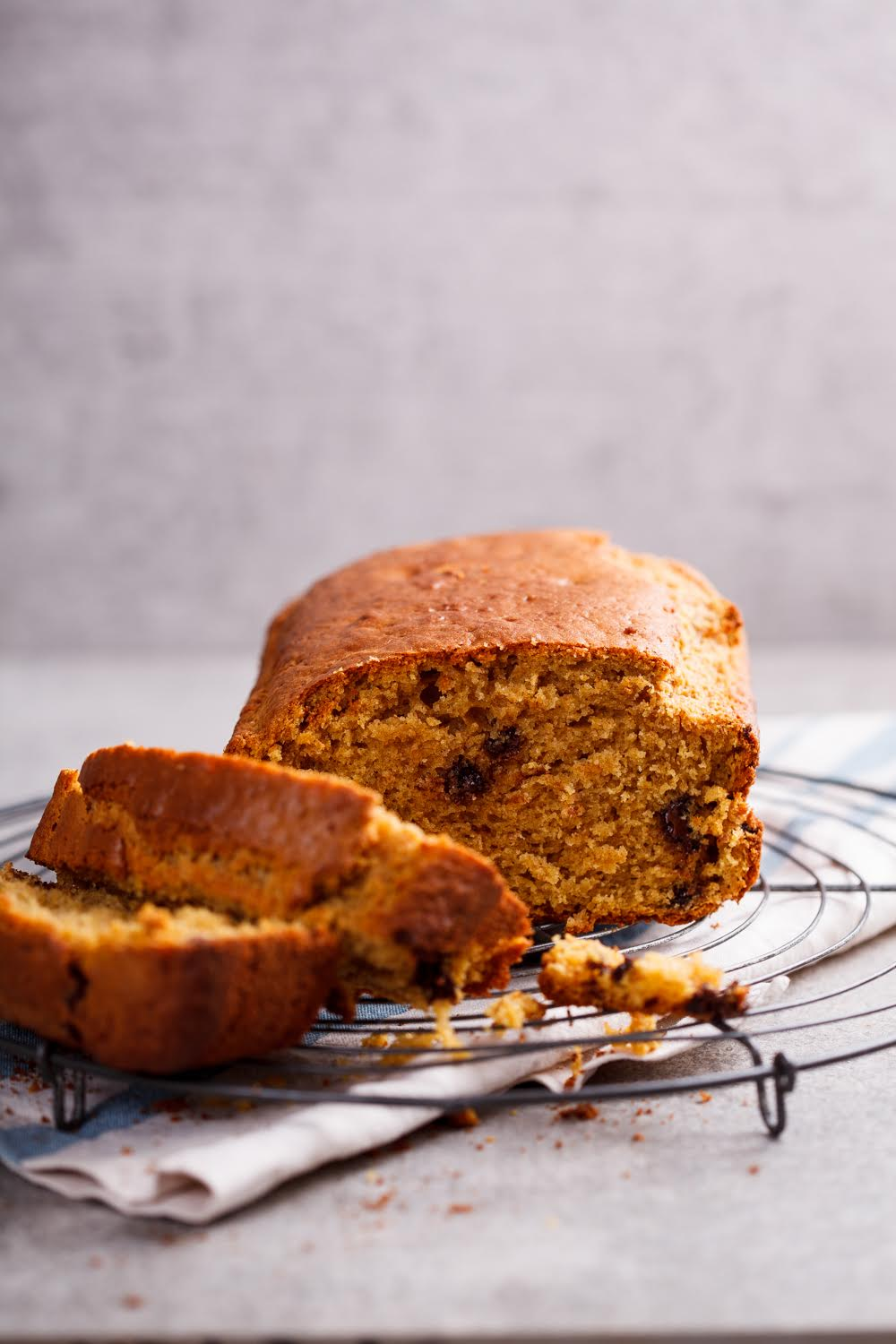 CHOCOLATE CHIP SPICED PUMPKIN BREAD
